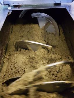 Olivenpaste Olivenmühle Costa Olivenöl Produktion
