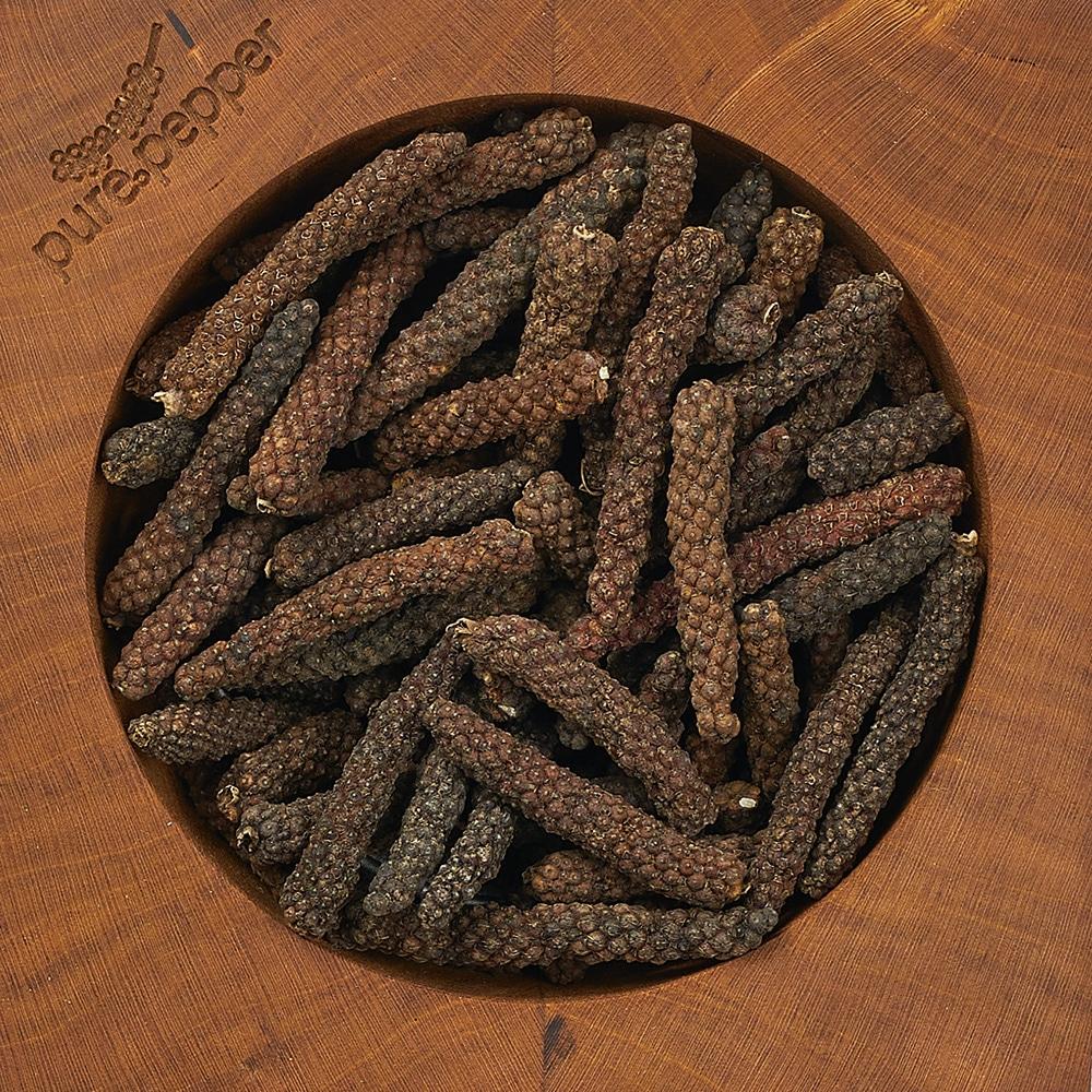 Kampot rouge langpfeffer pfefferkoerner